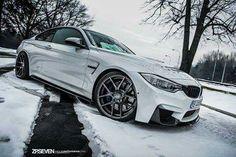 BMW F82 M4 white winter