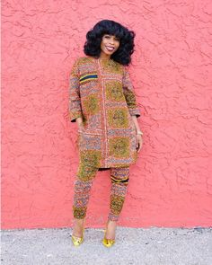 Looking for something simple but yet classy, this kaftan should serve. African Fashion Ankara, Latest African Fashion Dresses, African Print Fashion, Africa Fashion, Fashion Prints, Korean Fashion, African Attire, African Wear, African Dress