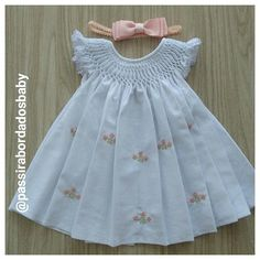 Boys Heirloom French Button On Suit - Mo - Diy Crafts - Marecipe Girls Frock Design, Baby Dress Design, Frocks For Girls, Kids Frocks, Girls Smocked Dresses, Little Girl Dresses, Baby Frocks Designs, Baby Girl Dress Patterns, Toddler Dress