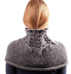 Fuente: https://www.etsy.com/listing/115595308/grey-knit-scarf-chunky-cowl-alpaca-over?ref=shop_home_feat