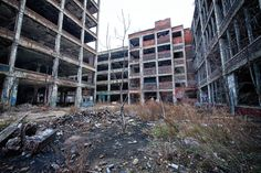 Detroit's abandoned Packard plant to be auctioned