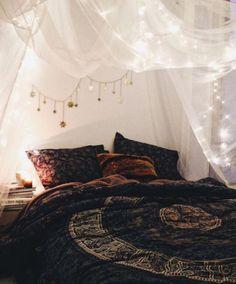 uraesthetichoe: How To: Bohemian Bedroom - apartmentshowcase | Diy ...