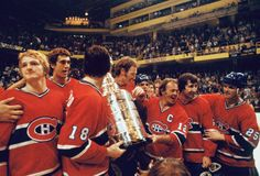 Speaking of sports teams here's Captain Yvan cournoyer and the Montreal Canadiens winning their Stanley Cup. FUN FACT Besides the Yankees the canadiens are the most winning franchise in all sports Montreal Canadiens, Montreal Qc, Hockey Teams, Hockey Players, Ice Hockey, Sports Teams, Lanny Mcdonald, Canada Cup, Hockey Pictures
