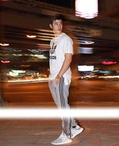 A minute's success pays the failure of years - Jevin Kristanto Mario Maurer, Adidas Originals, Streetwear Online, Daily Photo, Actor Model, Asian Actors, Celebs, Celebrities, Asian Boys