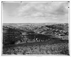 Jerusalem-القدس الشريف: صورة قديمة للمدينة من جبل المشارف/سكوبس في الإتجاه الجنوبي الغربي، اُنقر الصورة لتكبيرها.