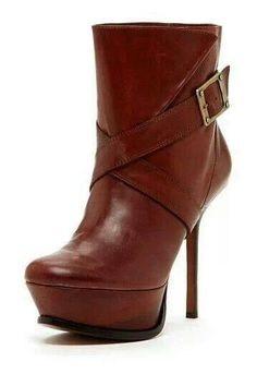 Brown ankle boots. Love 'em...