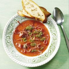 Boodschappen - Toscaanse tomatensoep met pesto