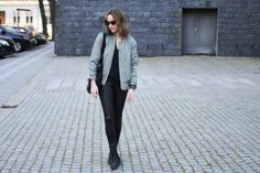 . Auburn, Street Wear, Bomber Jacket, Urban, My Style, Jackets, Outfits, Fashion, Outfit