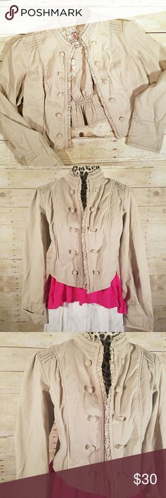 NWT Decree Military Khaki Cropped Jacket Ruffle XL NWT Decree brand khaki cropped jacket with ruffles. All buttons intact, elastic at the back sleeves can be cuffed or unrolled. XL. Decree Jackets & Coats Utility Jackets