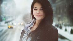 super smiling girl wallpaper