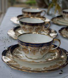 Antique Aynsley tea cup trio