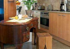 Kombuise: 6 van die beste vrae en antwoorde Kitchen Island, Van, Home Decor, Island Kitchen, Decoration Home, Room Decor, Vans, Interior Decorating, Vans Outfit