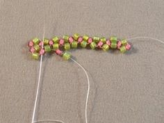 Single Needle Right Angle Weave Beading Stitch Tutorial: Pick Up the Next Set of Beads for the Next Unit