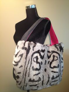 One of our signature pieces. Extra large shoulder bag, very roomy and has a great cuddle factor Fur Purse, Chinchilla Fur, Large Shoulder Bags, Furs, Cuddle, Rabbit, Reusable Tote Bags, Sewing, Bunny