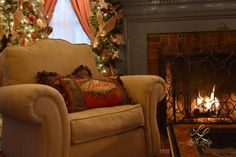 Christmas Decor ;) http://lovelylivings.com/2014/12/16/deck-the-halls-for-christmas/