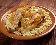 Poulet yassa sénégalais : http://www.cuisineaz.com/recettes/poulet-yassa-senegalais-82959.aspx