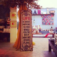 Placa Life    http://loja.saladesign.com.br/