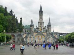 Basilique Notre-Dame-du-Rosaire de Lourdes — Wikipédia