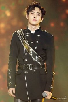 Palladian of walter Suho Kai Exo, Chanyeol Baekhyun, Exo Kokobop, Exo Ot12, Chanbaek, Kris Wu, K Pop, Chen, Got7