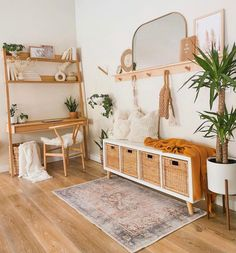 Hairstyles and Beauty blog is dedicated to beauty, hairstyles and makeup. Oak Desk, Diy Upcycling, Boho Room, Idee Diy, Scandinavian Home, Scandinavian Furniture, Modern Desk, New Room, Home Living Room