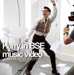 Harry in the Best Song Ever music video!!! THIS IS SO FLIPPING ATTRACTIVE... I am not kidding this is amazing!