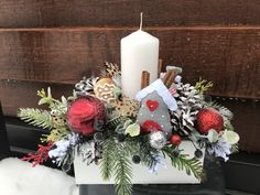 Christmas Wreaths, Christmas Crafts, Merry Christmas, Christmas Decorations, Xmas, Table Decorations, Holiday Decor, Country Christmas, Holidays And Events