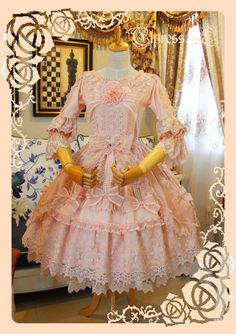 Elpress L Umbrella Leaf Lolita OP Dress out Pink Outfits, Pretty Outfits, Beautiful Outfits, Pretty Clothes, Pretty Dresses, Rococo Fashion, Lolita Fashion, Style Fashion, Vintage Fashion