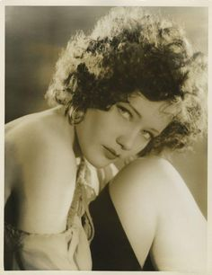 """Alice Jans (1912–1992) was a star in development at Warner Bros. in the early 1930s. A trained dancer, she appeared as a Busby Berkeley girl in """"42nd Street"""" and """"Gold Diggers of 1933."""" She also appeared in uncredited roles in """"The Little Giant"""" (1933) and """"The Picture Snatcher"""" (1933)."""