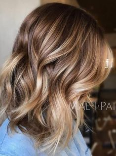 20 Balayage Ombre Short Haircuts , Who does not like balayage ombre short haircuts? Here are some ideas about it. Here are 20 Balayage Ombre Short Haircuts. Balayage hair is one of many. Brown Hair With Highlights And Lowlights, Brown To Blonde Balayage, Color Highlights, Balayage Color, Brown Lob, Partial Highlights, Ombre Brown, Short Brown Hair With Blonde Highlights, Bayalage Light Brown Hair