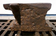 "A087-08 Anvil in the collection of ""Lesoutils Demagic"".  42cm x 9cm x 28cm.  Wgt: ~130kg."