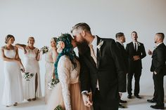 Paralyzed Woman Surprises Everyone When She Stands Up And Starts Walking Down The Aisle | Bored Panda