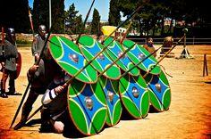 Gladiadors de Tarraco Viva. Fotografia d'Antoni Coll. #tarraco #tarragona…
