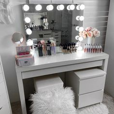 Excellent Pic What a Powerhouse COMBO 👊👊 . IKEA Malm dressing table with the IKEA Malm C. Strategies In many dormitories Ikea bedrooms are happy to be viewed, as they provide numerous solutions for a a Room Ideas Bedroom, Ikea Bedroom, Bedroom Storage, Bedroom Decor, Master Bedroom, Budget Bedroom, Ikea Malm Dressing Table, Ikea Malm Table, Ikea Dressing Room