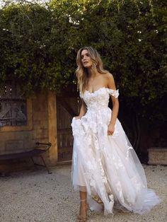 Boho Wedding Dress With Sleeves, Maxi Dress Wedding, Dream Wedding Dresses, Bridal Dresses, Wedding Gowns, Prom Dresses, Bridesmaid Dresses, Boho Beach Wedding Dress, Detachable Wedding Dress