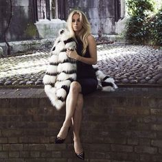 5 inch and up x River Island - Now in stores Fur Fashion, Fashion Photo, 5 Inch And Up, Monochrome Fashion, Pretty Pictures, Chic Outfits, Beautiful Images, River Island, Winter Outfits