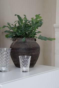 Scandinavian Home, Vase, Instagram, Home Decor, Decoration Home, Room Decor, Jars, Vases, Interior Decorating