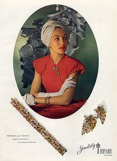 Trifari (Jewels) 1945