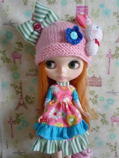 this outfit--what im going to make for my Blythe-To-Be. (1/2)