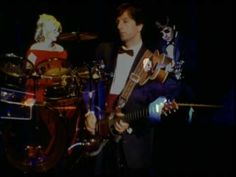 """COVER SONGS...Sonic Youth - Superstar... A beautiful tribute from the 1994 album """"If I Were A Carpenter"""""""