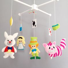 Crib Mobile, Alice in Wonderland Baby Mobile, Felt Mobile (Alice, Mad Hatter, Queen of hearts, White Rabbit, Cheshire Cat)