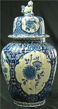 1920 Ginger Jar Blue White Delfts Blue White Delft Ceramic Transferware L Delft, Blue And White China, Blue China, Porcelain Ceramics, White Ceramics, Art Chinois, Keramik Vase, Blue Plates, Pots