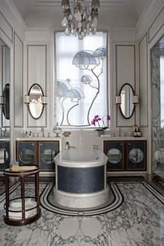 See all our stylish art deco bathrooms design ideas. Art Deco inspired black and white design. Paris Luxury, Classic Bathroom, Bathroom Inspiration, Luxury Apartments, Interior, Bathrooms Remodel, Beautiful Bathrooms, Home Decor, Bathroom Design