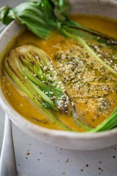 A Gut-Healing, Anti-Inflammatory, Coconut Curry Bone Broth Recipe A Gut-Healing Coconut Curry Bone Broth That's Anti-Inflammatory & Packed With Flavor Healthy Recipes, Asian Recipes, Soup Recipes, Diet Recipes, Cooking Recipes, Curry Recipes, Recipies, Healing Soup, Gut Healing Foods