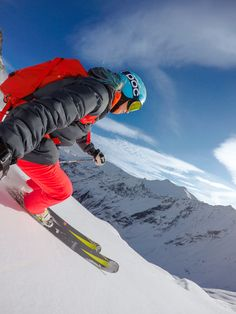 Watching Julia Mancuso rip up the mountain, never gets old! #GoPro #GoProGirl