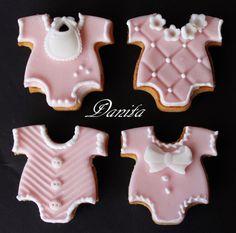 Biscotti nascita http://leleccorniedidanita.blogspot.it/2014/04/biscotti-nascita-segnaposto.html