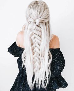 >>>Visit>> 50 Ash Blonde Hair Color Ideas 2019 Ash blonde is a shade of blonde that's slightly gray tinted with cool undertones. Todays article is all about these pretty 50 Ash Blonde Hair Color. Trendy Hairstyles, Braided Hairstyles, Medium Hairstyles, Hair Extension Hairstyles, Long Hairstyles With Braids, Hairstyles With Extensions, Clip In Hair Extensions Styles, Teenage Hairstyles, Hairdos