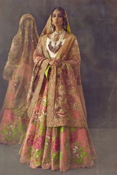 If you are looking for Pakistani Bridal Wear, we can help. We stock some of the best dresses from the famous designer Ali Xeeshan. Pakistani Wedding Outfits, Indian Bridal Outfits, Indian Bridal Fashion, Indian Bridal Wear, Pakistani Dresses, Indian Dresses, Indian Wear, Latest Bridal Dresses, Look Short