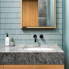 New Bathroom Modern Shower Interior Design Ideas Modern Shower, Modern Bathroom, Small Bathroom, Bathroom Ideas, Bathroom Designs, Master Bathroom, Bad Inspiration, Bathroom Inspiration, Bathroom Interior Design