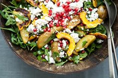 Delicata Squash Salad with Roasted Potatoes and Pomegranate Seeds 37 Delicious Vegetarian Recipes For Thanksgiving Pomegranate Recipes, Pomegranate Salad, Vegetarian Thanksgiving, Thanksgiving Recipes, Family Thanksgiving, Winter Recipes, Vegetarian Recipes, Cooking Recipes, Healthy Recipes