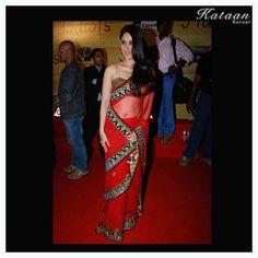 #Kareena in a RED hot saree
